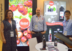 Fiona Hall, Ben Harris and Vincent Chan at Bite Riot. The Australian cherry now has access to protocol markets so there is a big push into China.