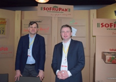 Witold Gaj and Adam Sikorski at the SoFruPak stand.