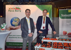Steven Osterloo and Marcel Suiker from Flevo Berry, giving visitors the opportunity to see and taste their Sonsation strawberries at their stand.