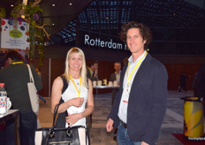Anja Grueterich from EMCO and Julien Mourrut from Salesse Biobest.