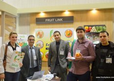 .. the Fruit Link team of Egypt with one of their clients: Mahmoud Osman, Managing Director (2nd from the left); Ayman Bayoumy, Sales Director (middle) and Samir Adel, Operation Director (right)