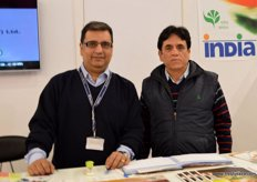 Sumit Saran (SCS Group) with Vinod Kumar Kaul (Deputy General Manager) of Apeda at the Indian Pavilion