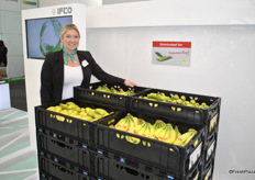 Hillary Femal from IFCO promoting the new crate especially designed for product protection of the bananas.