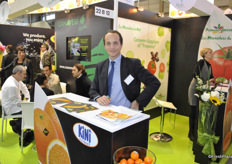 Vincent Canavese from Canavese promoting Kini brand
