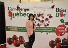Nancy Goudreau from Canneberges Québec promoting the cranberries.