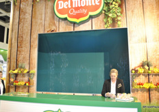 Del Monte's special effect, letters of water came down with their slogan.