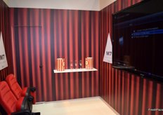 The stand of CVVP had a small movie room to show the presentation of this new orange.