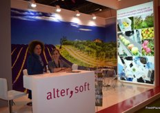 Ana Forcada and Elvira Monedero, at the stand of Alter Soft, Catalan company devoted to production management software and quality control of farms and agricultural warehouses.