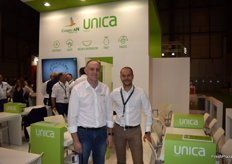 Representatives of Unica and Grupo AN, two large agro-food companies which have decided to join forces.