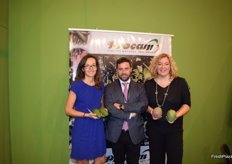 Sergio, supplier of Procam, next to Gloria A. Chica, Council of Agriculture of Motril, and Flor Almón, mayor of Motril, Granada.