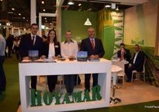 Pedro Javier Llamas, Asu Belmonte and Domingo Llamas, at the stand of the Murcian company Hoyamar, devoted to the production of lettuce, broccoli and watermelon.