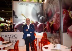 Domingo Fraile, manager of Campo y Tierra del Jerte, first Spanish company to export stonefruit to China.