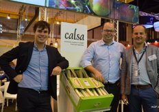 Peter Denys, Jeroen Buyck and Piet Verbrughe of Calsa. Calsa has been exporting to Spain for 25 years already. They mostly sell to supermarkets, wholesalers and processing companies. Their assortment is a wide range of Belgian fruit and vegetables, such as leek, pears and tomatoes under their own label and under the Flandria label.