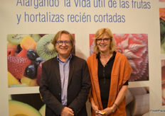Enrique Morera and Antionette Jakobs from Agricoat.