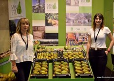 Carmen Pajaros and Maria Lazaro, of Miss Fruit, a company with a couple of years' experience in the supply of high quality pears.