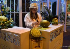 La casa del Abuelo offered a presentation of art with melons.