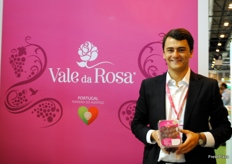 José Maria Santa Bárbara, of Vale da Rosa, in Portugal. The company is known for its seedless grapes.