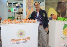 AspassaM is a grower's group from Colombia that markets granadilla.