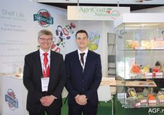 Simon Matthews from AgriCoat NatureSeal and his colleague once again presented various packaging to extend the shelf life of fresh produce.