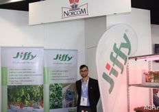 Eimer Niessen from Norcom, a company that distributes Jiffy substrate products.