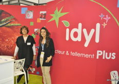 Brigitte Sénéchal and Shérazade Abdou-Rabbih from Idyl