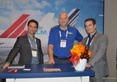 Aldo Wester and Mark Bentjes of Air France KLM Cargo with in the centre Marcel van den Enden of The Greenery.