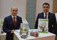 Asico from Azerbaijan is a company with a wide variety of fruit and vegetables. They grown on 200 ha themselves, harvesting more than 1 000 tonnes of produce. Their product then gets packaged in their own packing station. Sarkham Aliyev and Hasan Shamchiyev.