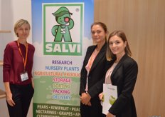 Salvi is an Italian supplier with a wide variety of fruit. Examples are: strawberries, pears, kiwi, citrus etc. Lilita Chorna with Nistor Elidnora and Iana Alieksienko of Advice & Consulting. This company advises on technological issues, from cultivation to storage.