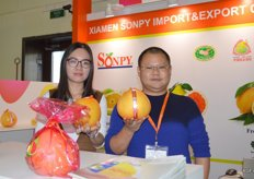 Sonpy from China. This company exports grapefruit, lemons and citrus. Sandi Lai and Grace Zhang.