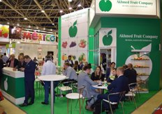 Bij Akhmed Fruit Company from St Petersburg is always nice and busy.
