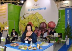 Dan Fruit Company from St Petersburg.